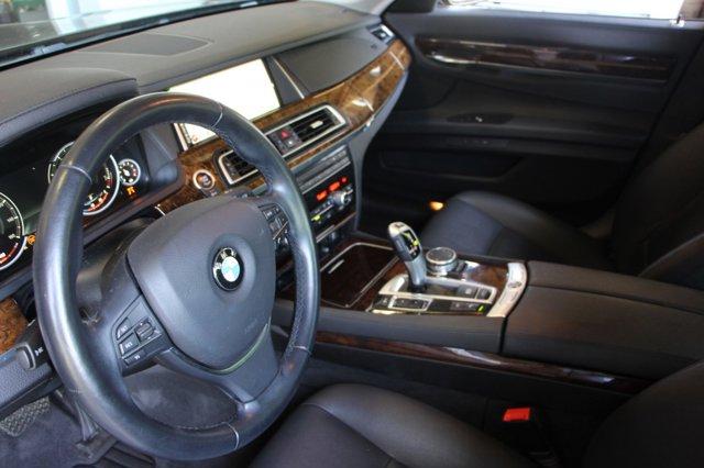 2015 BMW 7 SERIES 740Li 11