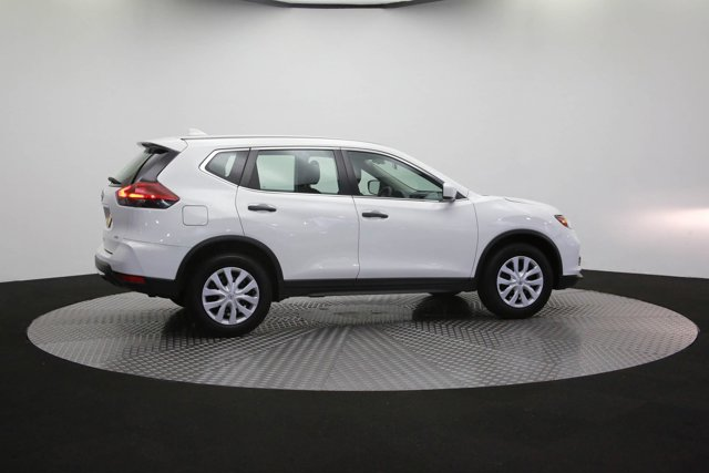 2018 Nissan Rogue for sale 125658 36