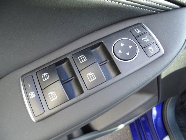New 2017 Infiniti QX30 Premium FWD