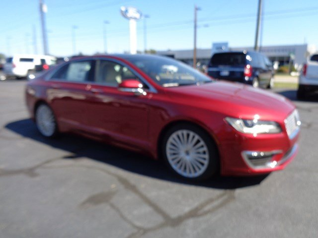 New 2017 Lincoln MKZ in Florence, SC