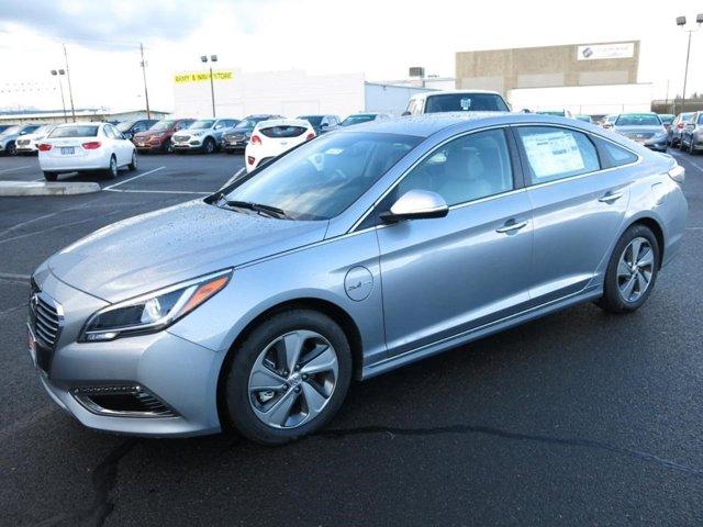 New 2017 Hyundai Sonata Hybrid in Medford, OR
