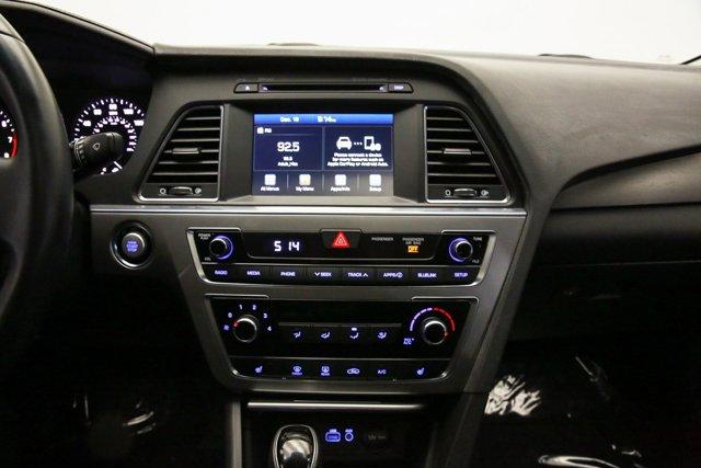 2017 Hyundai Sonata for sale 122951 10
