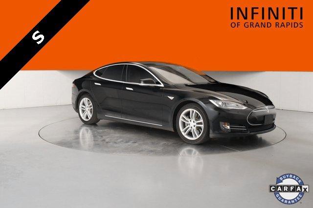 2013 Tesla Model S  1