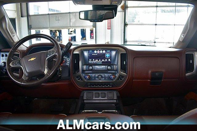 Pre-Owned 2016 Chevrolet Silverado 2500HD High Country
