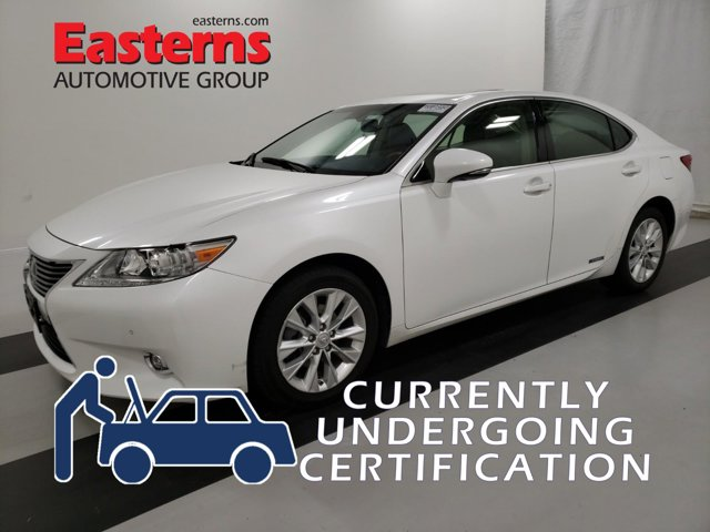 2015 Lexus ES 300h Hybrid Luxury 4dr Car
