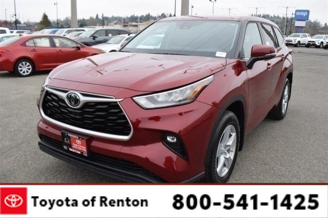 New 2020 Toyota Highlander in Renton, WA