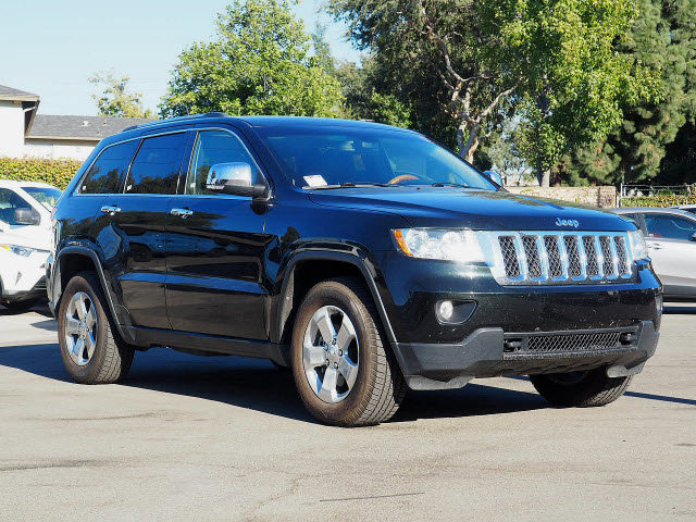 2013 Jeep Grand Cherokee Overland 4WD 4dr Overland Gas V8 5.7L/345 [1]