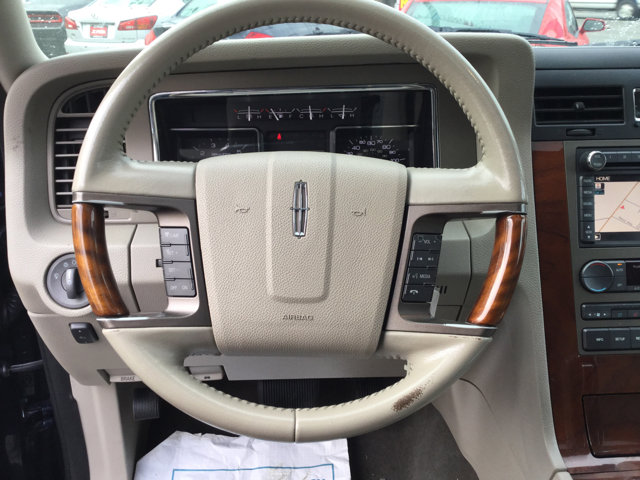 Used 2013 LINCOLN Navigator 2WD 4dr