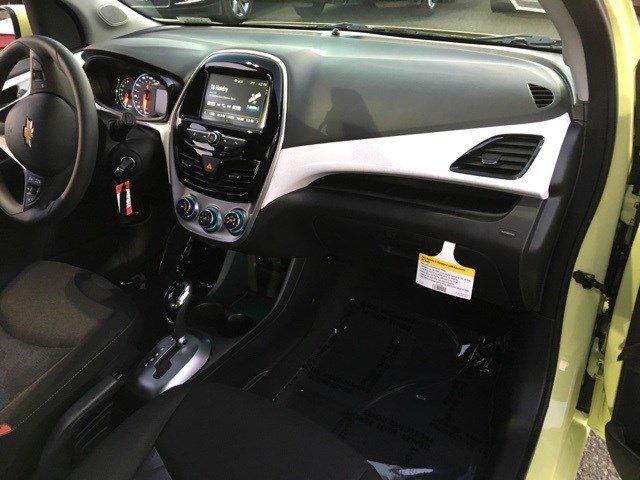 New 2017 Chevrolet Spark 5dr HB CVT LT w-1LT