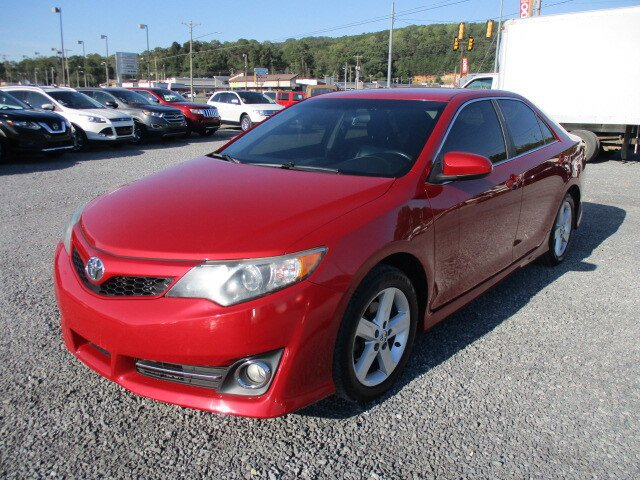 Used 2014 Toyota Camry in Fort Payne, AL