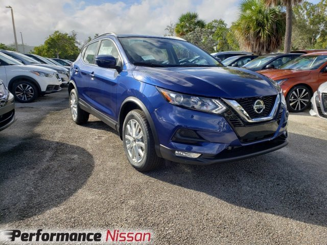 New 2020 Nissan Rogue Sport in Pompano Beach, FL