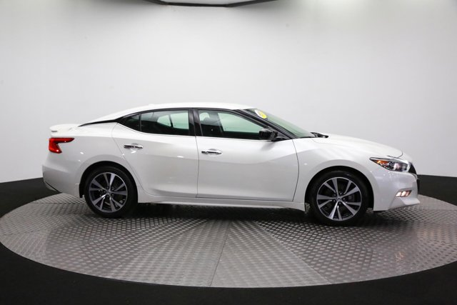 2017 Nissan Maxima for sale 122129 3