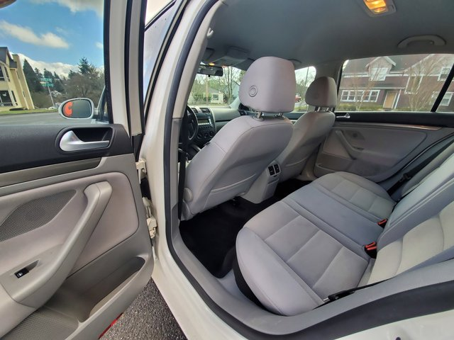 Used 2007 Volkswagen Rabbit 4dr HB Auto