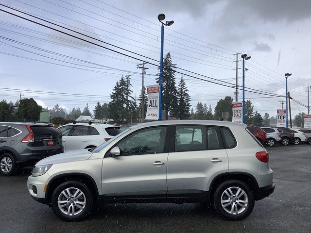 Used 2013 Volkswagen Tiguan 4WD 4dr Auto SEL
