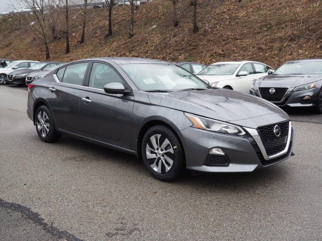 New 2020 Nissan Altima in Greensburg, PA