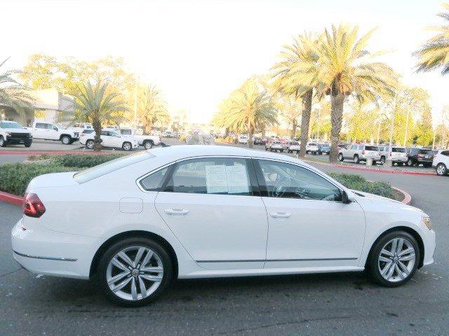 Used 2017 Volkswagen Passat 1.8T SE w-Technology Auto