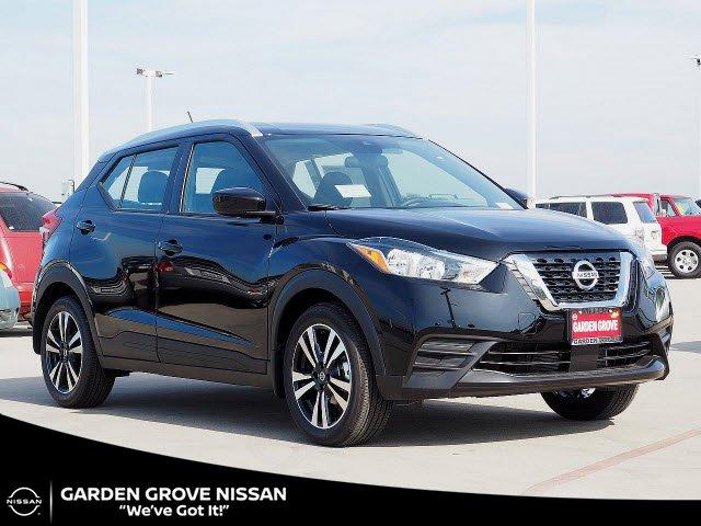 2020 Nissan Kicks SV SV FWD Regular Unleaded I-4 1.6 L/98 [2]