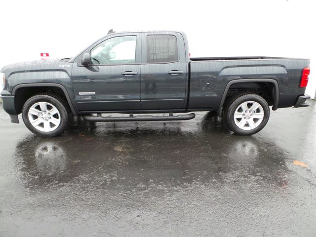 New 2017 GMC Sierra 1500 4WD Double Cab