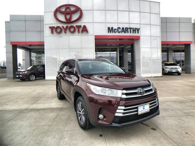 Used 2018 Toyota Highlander in Sedalia, MO
