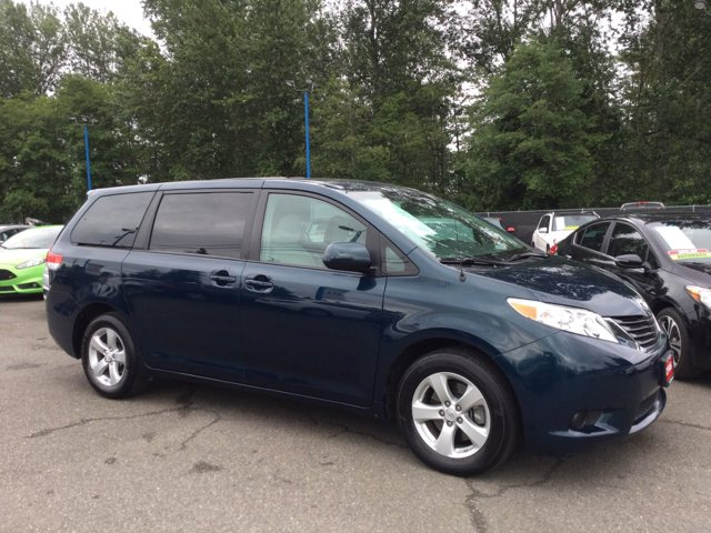 Used 2011 Toyota Sienna 5dr 8-Pass Van I4 LE FWD