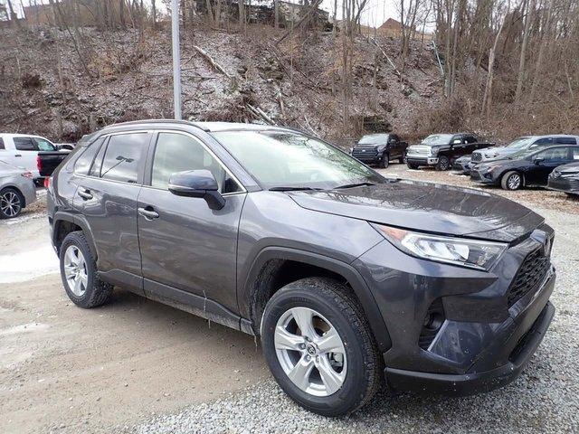 New 2020 Toyota RAV4 in Pleasant Hills, PA