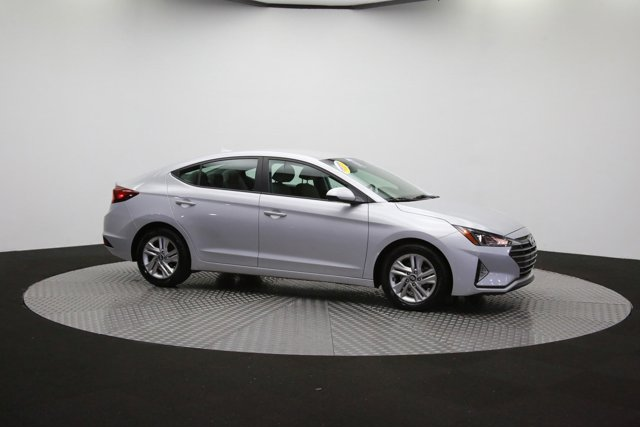 2019 Hyundai Elantra for sale 124300 42
