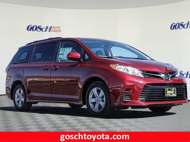 New 2020 Toyota Sienna in Hemet, CA