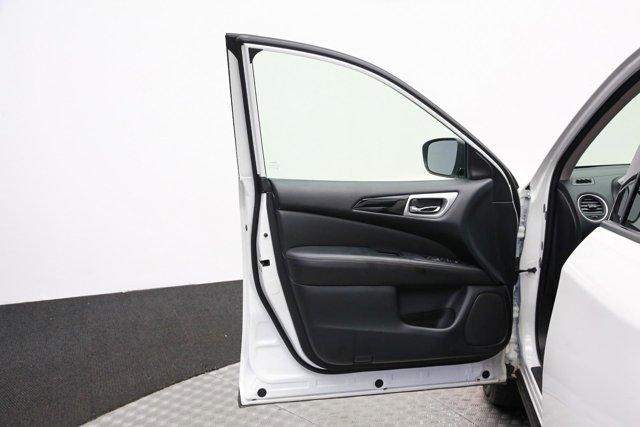 2018 Nissan Pathfinder for sale 120765 13