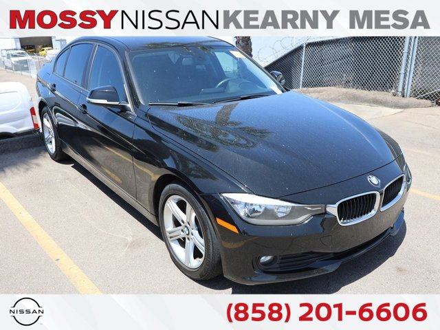 2014 Bmw 3 Series 320i 4dr Sdn 320i RWD Intercooled Turbo Premium Unleaded I-4 2.0 L/122 [1]