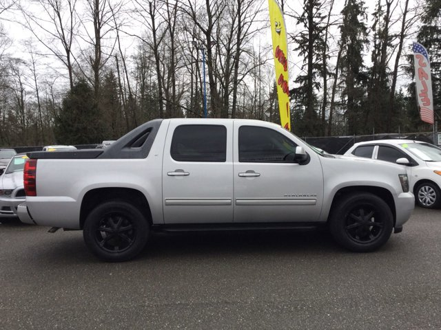 Used 2010 Chevrolet Avalanche 4WD Crew Cab LT
