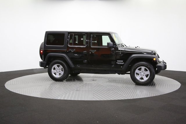 2016 Jeep Wrangler Unlimited 124726 41