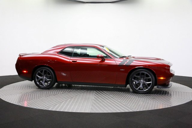 2019 Dodge Challenger for sale 121374 3
