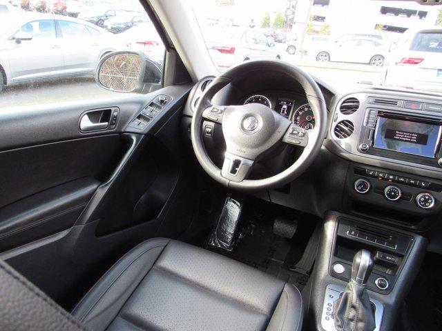 Used 2016 Volkswagen Tiguan SE