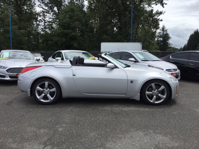 Used 2007 Nissan 350Z 2dr Roadster Auto Enthusiast