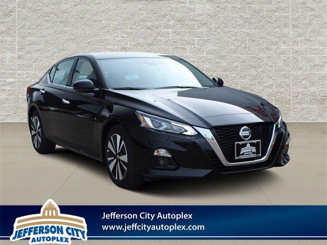 New 2020 Nissan Altima in Jefferson City, MO