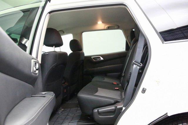 2018 Nissan Pathfinder for sale 120765 24