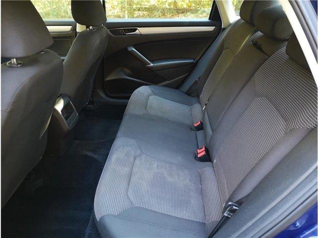 2016 Volkswagen Passat 1.8T Turbo S Sedan 4 Door