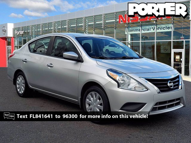 2015 Nissan Versa SV 4dr Sdn CVT 1.6 SV Regular Unleaded I-4 1.6 L/98 [19]