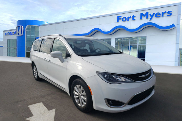 Used 2019 Chrysler Pacifica in Fort Myers, FL