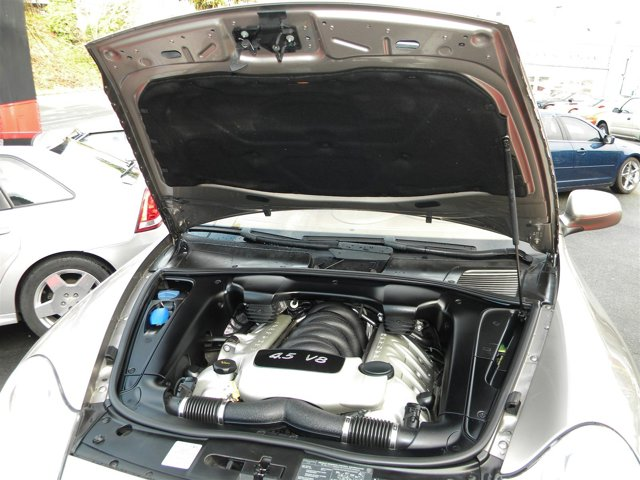 Used 2004 Porsche Cayenne 4dr S