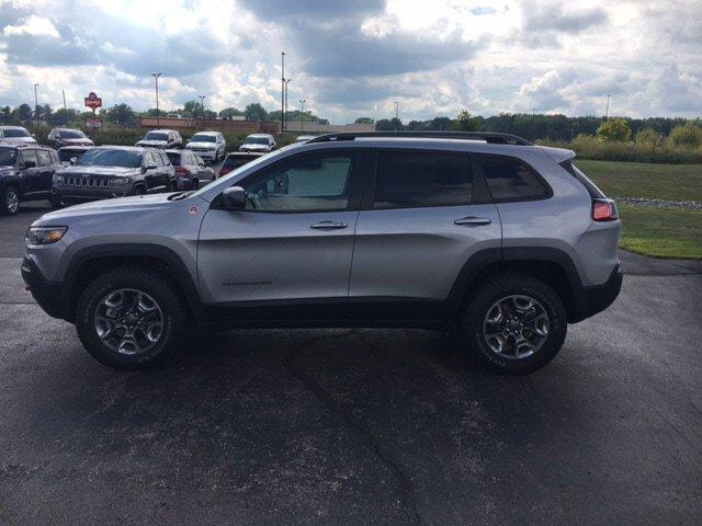 New 2019 JEEP Cherokee Trailhawk Elite 4x4