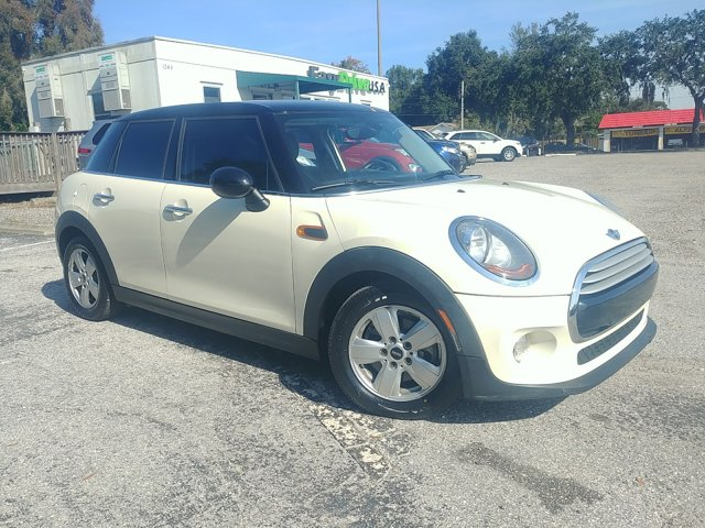 Used 2015 MINI Cooper Hardtop 4 Door in Lakeland, FL