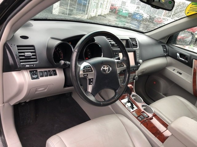 Used 2011 Toyota Highlander 4WD 4dr V6  Limited