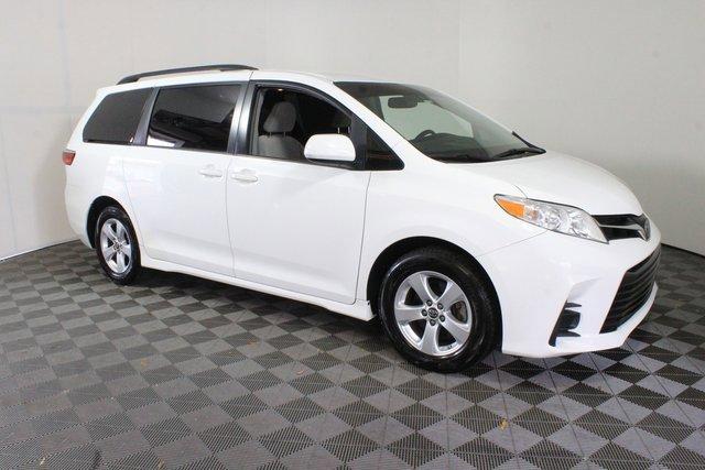 Used 2018 Toyota Sienna in Lake City, FL