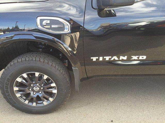 New 2016 Nissan Titan XD 4WD Crew Cab PRO-4X Diesel