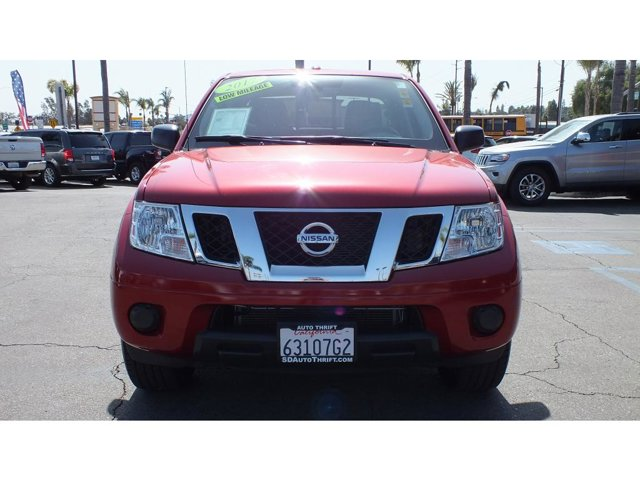 2017 Nissan Frontier SV CREW CAB 4DR 2WD