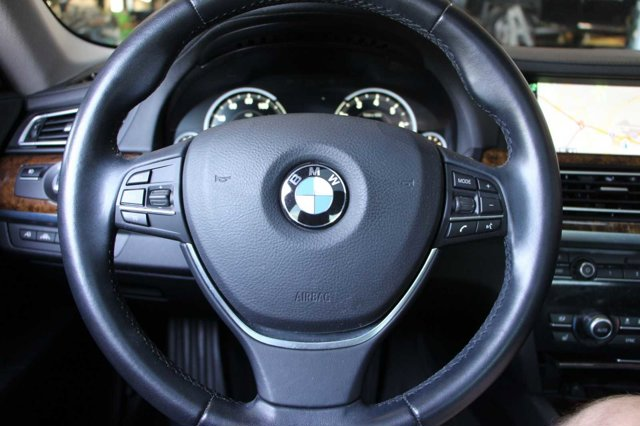 2015 BMW 7 SERIES 740Li 24