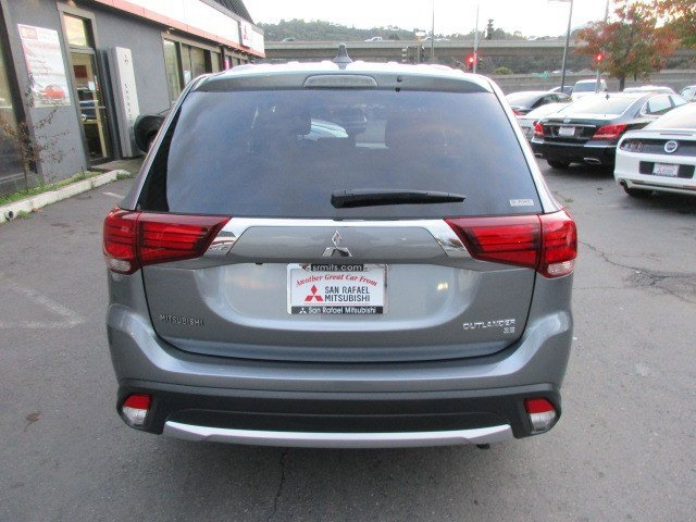 Photo 22 of this used 2017 Mitsubishi Outlander vehicle for sale in San Rafael, CA 94901
