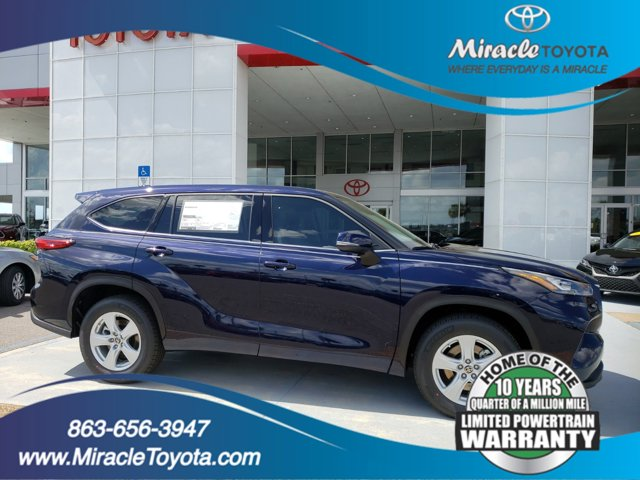 New 2020 Toyota Highlander in Haines City, FL