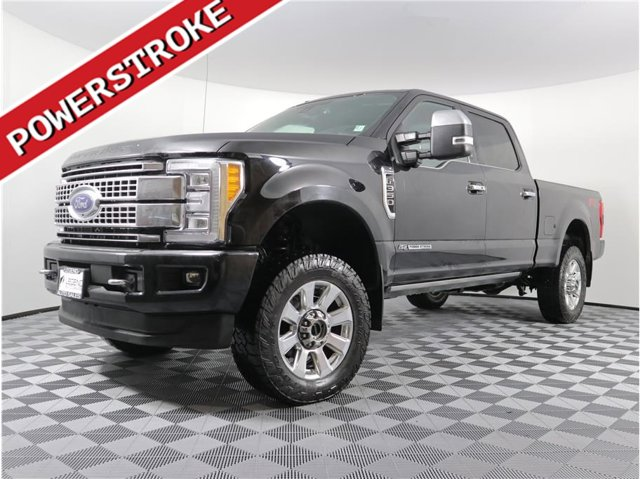 2018 Ford Super Duty F-350 SRW Platinum Pickup 4D 6 3/4 ft